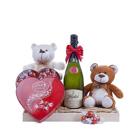"""Smoothness and bubbles"" basket with chocolates, cava and teddy bears"